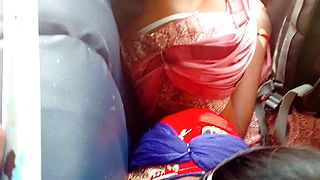 Tamil Warm School Chick Brassiere In Bus
