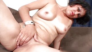 Nasty arab babe getting horny rubbing part5